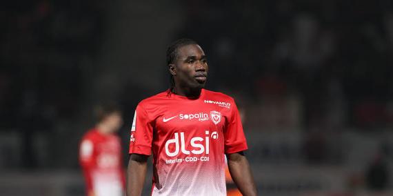 Ligue 2 : Nancy s'impose à Tours