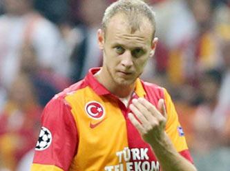 Naples : Un défenseur international Turc dans le viseur !
