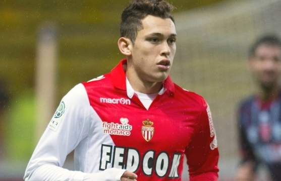 AS Monaco : Ocampos intéresse un club de Premier League !