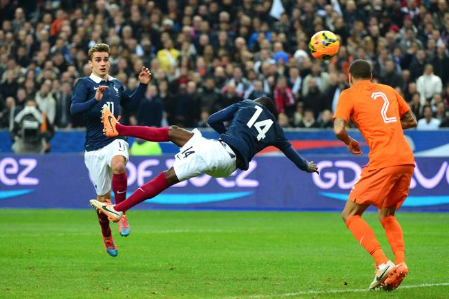 PSG : Ibrahimovic félicite à sa façon Matuidi pour son superbe but
