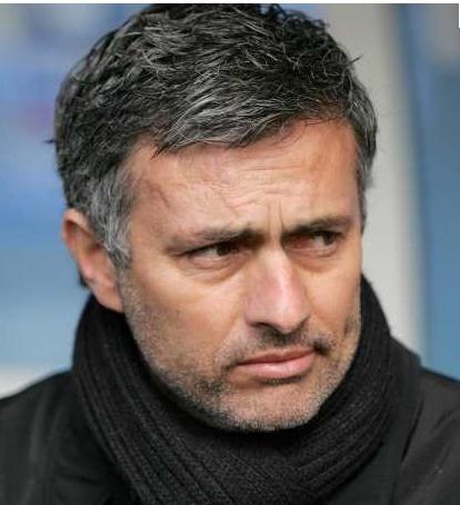Chelsea :José Mourinho affirme que le PSG devra débourser 360 millions d'euros pour Oscar et Hazard