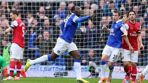 Premier League : Everton domaine sans problème Arsenal (3-0)