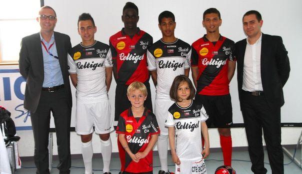 Guingamp présente ses nouveaux maillots