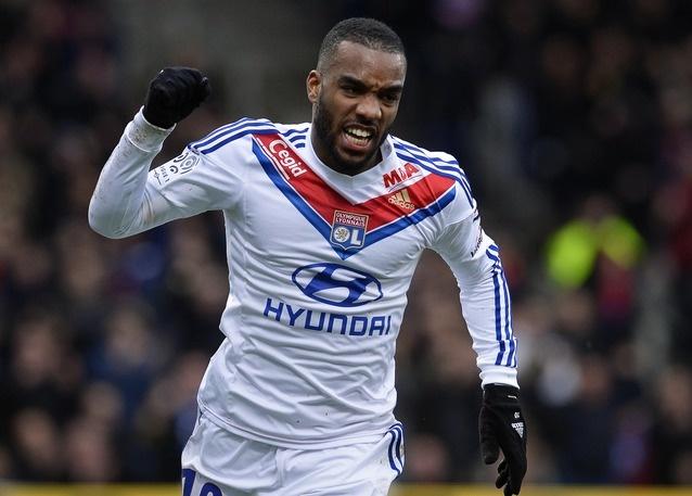 Alexandre Lacazette pourrait prolonger à Lyon !