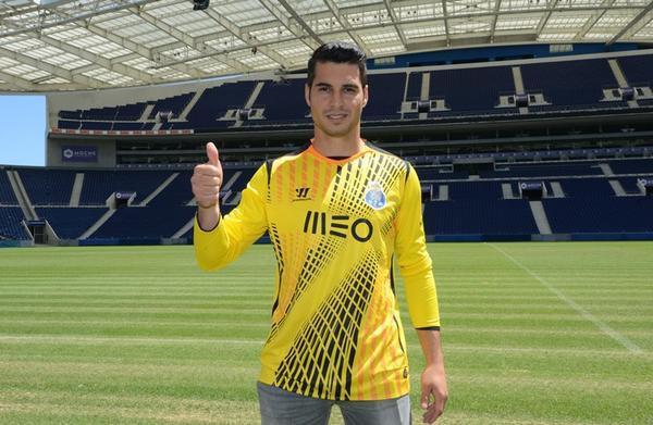 OFFICIEL : Un gardien espagnol au FC Porto !