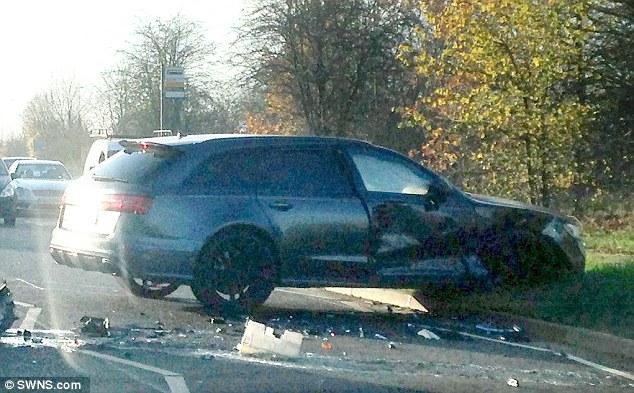 Photos : Accident de David Beckham à la sortie du centre d'entrainement d'Arsenal !