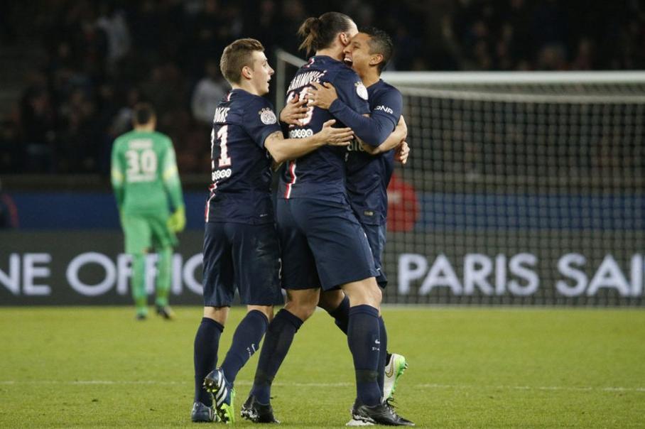 Le PSG s'impose contre Nantes et met la pression sur l'OM