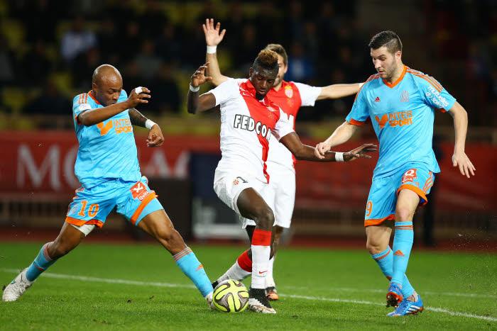Ligue 1 : OM et PSG au tapis, Lyon s'invite à la lutte