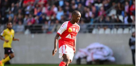 Antoine Conté suspendu un match