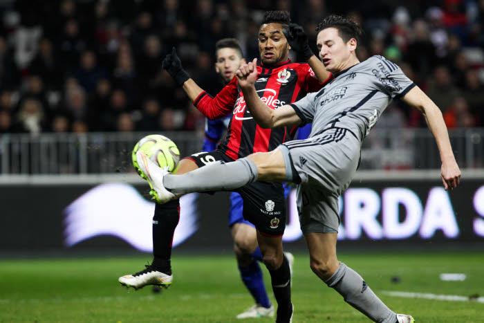 Ligue 1 : Marseille dévisse, Paris tient la cadence