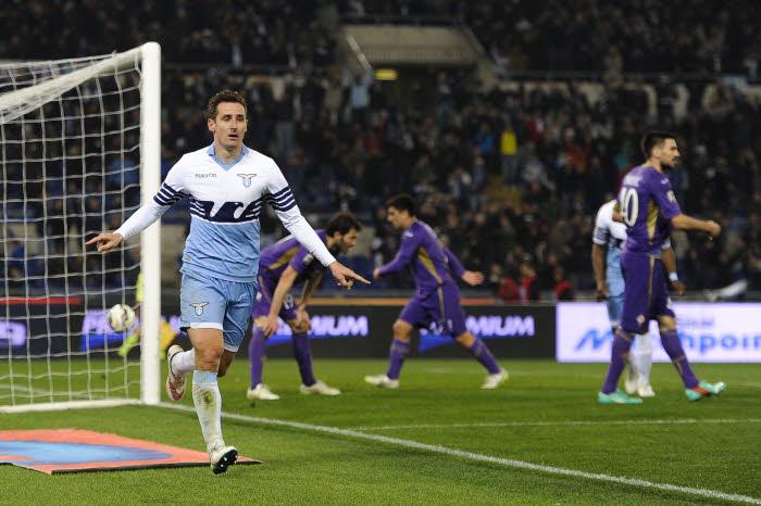 Après avoir corrigé la Fiorentina, la Lazio de Miroslav Klose fera tout à Vérone pour reste sur le podium.