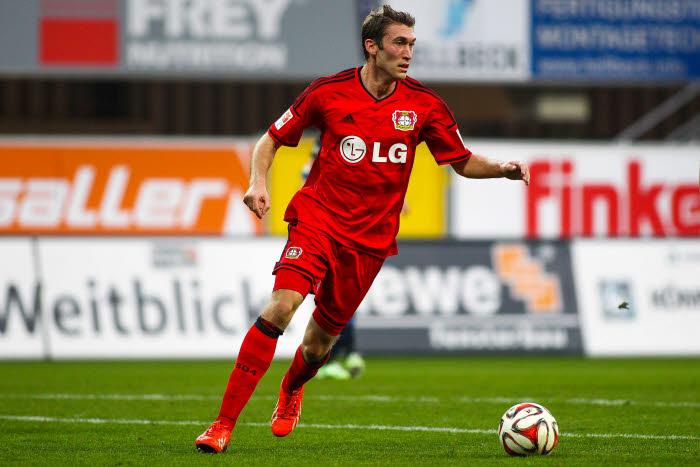 Stefan Reinartz et Leverkusen ont les yeux rivés sur le podium. Encore faudra-t-il s'imposer à Gelsenkirchen…