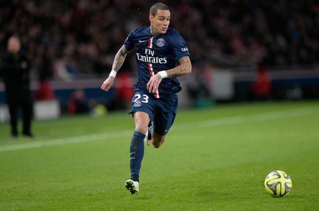 PSG :  Gregory van der Wiel sur les tablettes de Southampton !