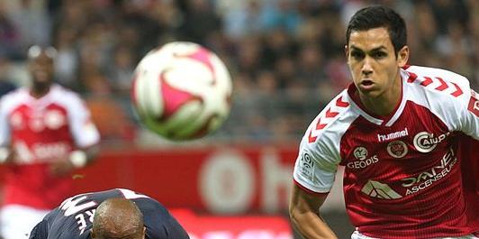 Le défenseur du Stade de Reims Aïssa Mandi