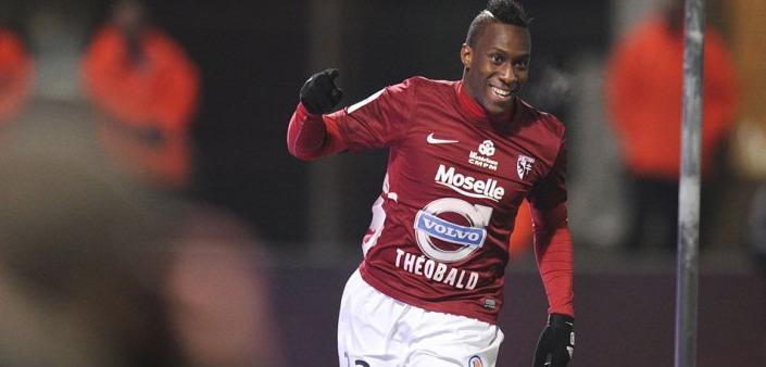 L'attaquant du FC Metz Yeni N'Gbakoto