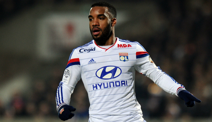 Officiel : Alexandre Lacazette a prolongé à Lyon
