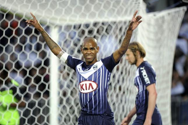 Une offre de  Newcastle refusée par Bordeaux pour  Diego Rolan