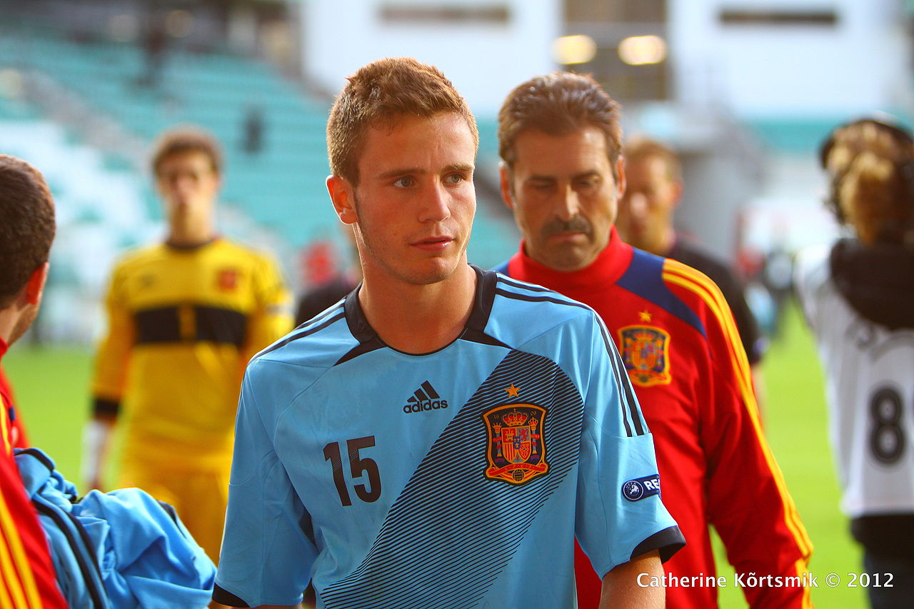 Saul Niguez (By Catherine Kõrtsmik from Tallinn, Estonia (U-19 Portugal vs Spain.  Uploaded by Dudek1337) [CC BY 2.0 (http://creativecommons.org/licenses/by/2.0)], via Wikimedia Commons)