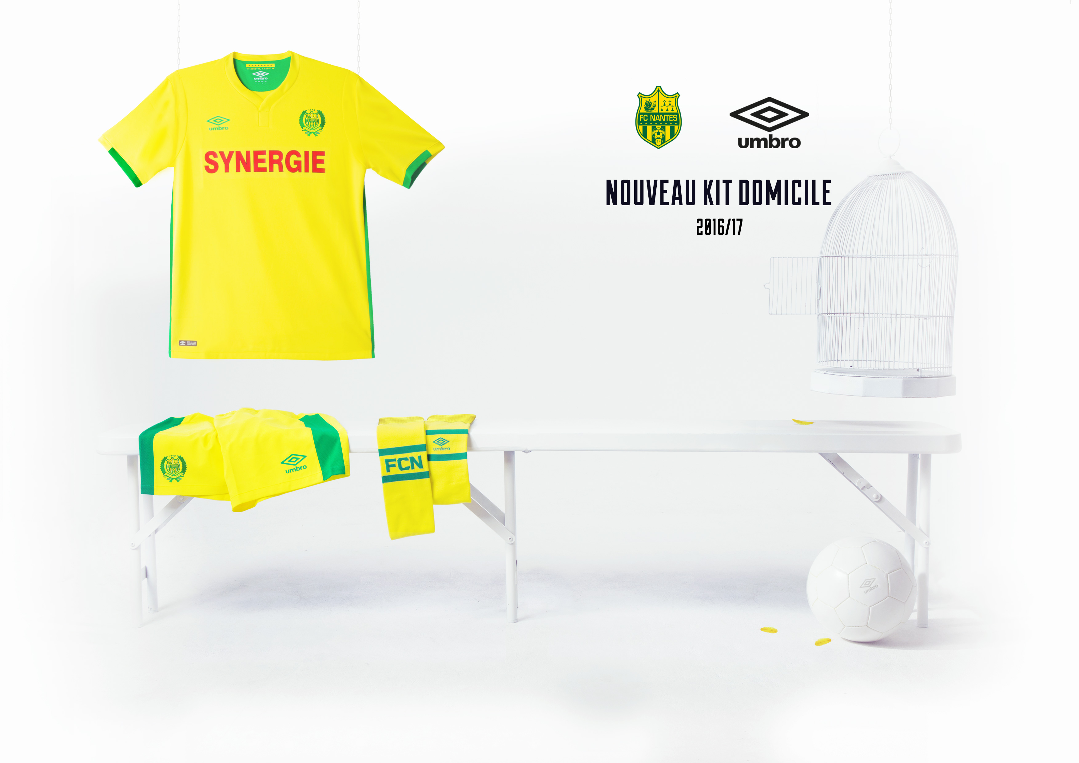 Umbro présente le nouveau maillot FC Nantes Home 2016/2017