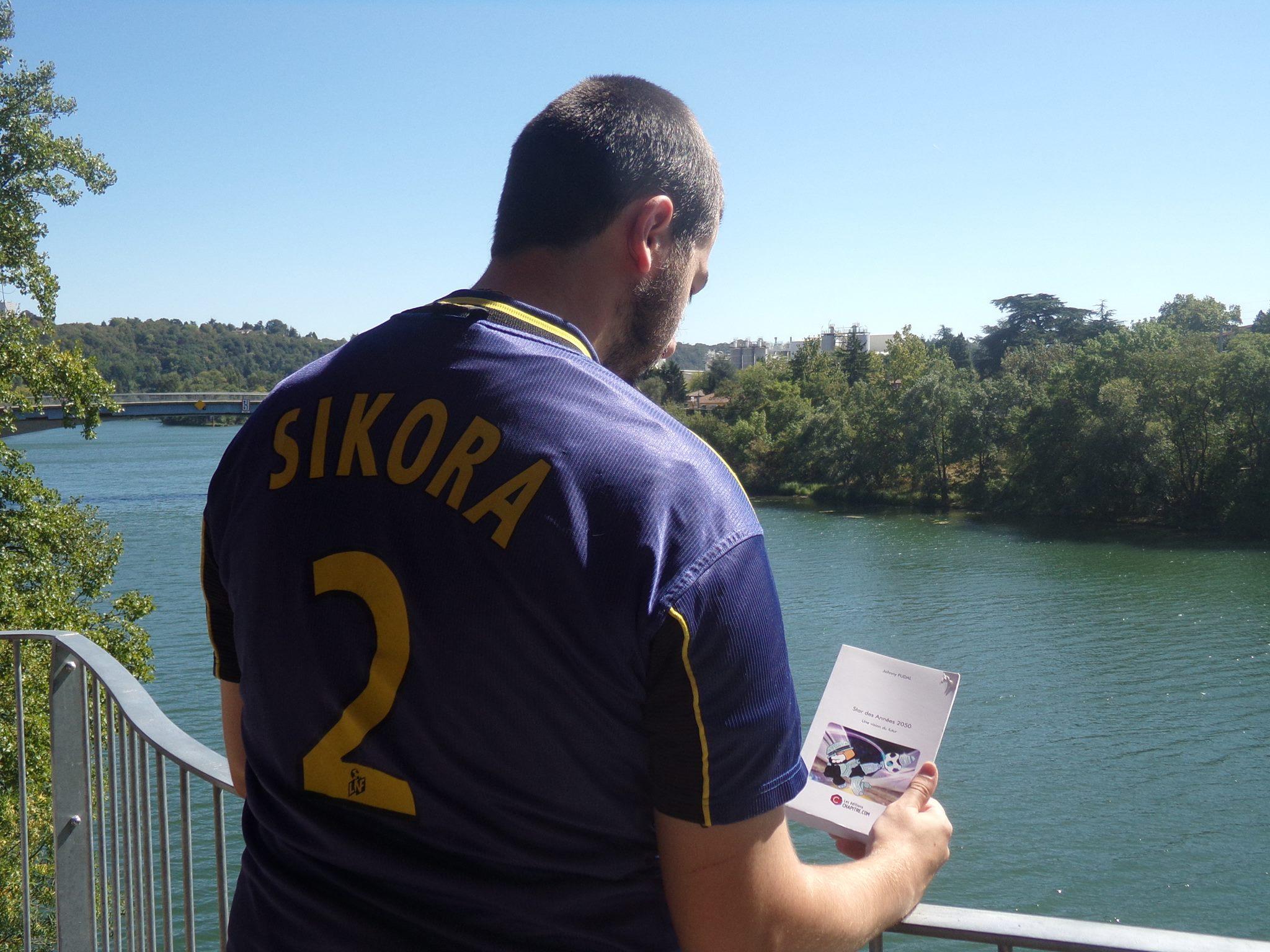 Interview de Johnny Fudal, auteur de « Star des années 2050 »