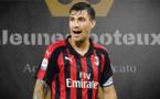 Manchester United - Mercato : un défenseur du Milan AC visé