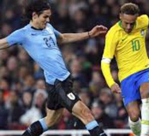 Brésil - Uruguay : ça a chauffé entre Neymar et Cavani !