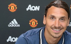 Zlatan Ibrahimovic veut rester à Manchester United
