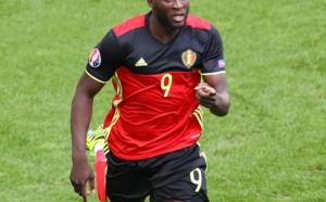 Manchester United annonce un accord avec Everton pour Lukaku, mais ...