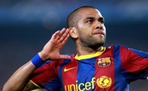 Barça : Alves chambre son public ( Vidéo )