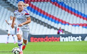 Division 1 féminine:   Lyon s'impose largement contre Metz (15-0)