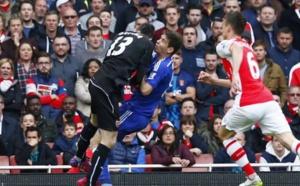Chelsea : Oscar est sorti de l'hôpital et devrait pouvoir faire le déplacement à Leicester