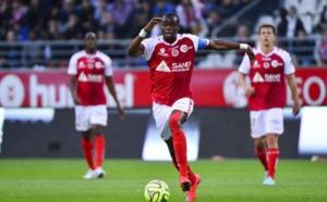Stade de Reims :  Caillot dément le départ d'Oniangué vers Séville