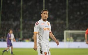 Un club anglais ne lâche pas Totti !