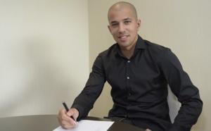 Officiel : Feghouli rejoint West Ham !