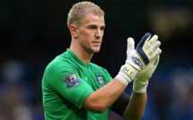 Manchester City : Joe Hart tacle Pep Guardiola