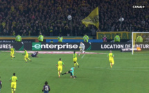 Un entraineur de Ligue 1 prend la défense de Tony Chapron