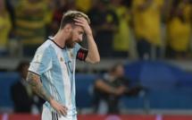 Argentine : Herman Crespo tacle Lionel Messi !