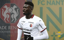 Rennes - Nantes : Mbaye Niang taille Alban Lafont !