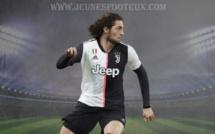 Juventus Turin : Pirlo sous le charme de Rabiot, il le fait savoir !