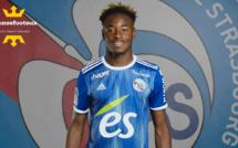 RC Strasbourg : Chelsea débarque pour Simakan, le Milan AC tremble !