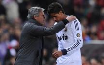 Real Madrid : Mourinho veut faire de Varane le pilier de la défense de Chelsea !