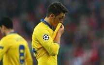 Arsenal : Özil indisponible quatre semaines