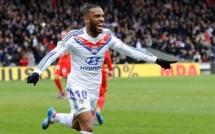 Lyon pourra compter sur Lacazette la saison prochaine!